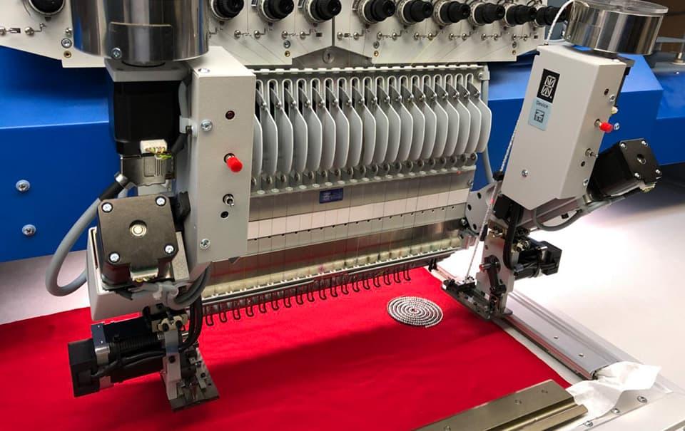 perleneinrichtung-zsk-stickmaschinen